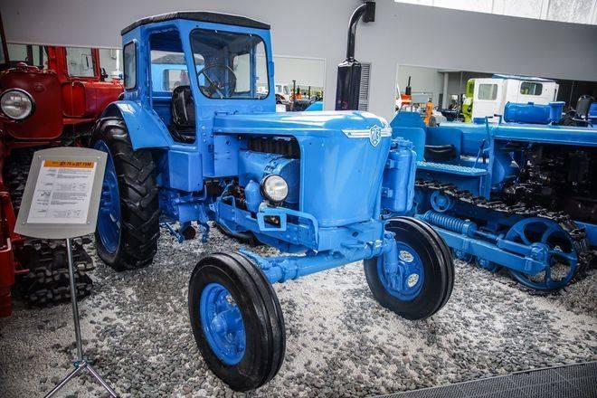 трактор 40 технические