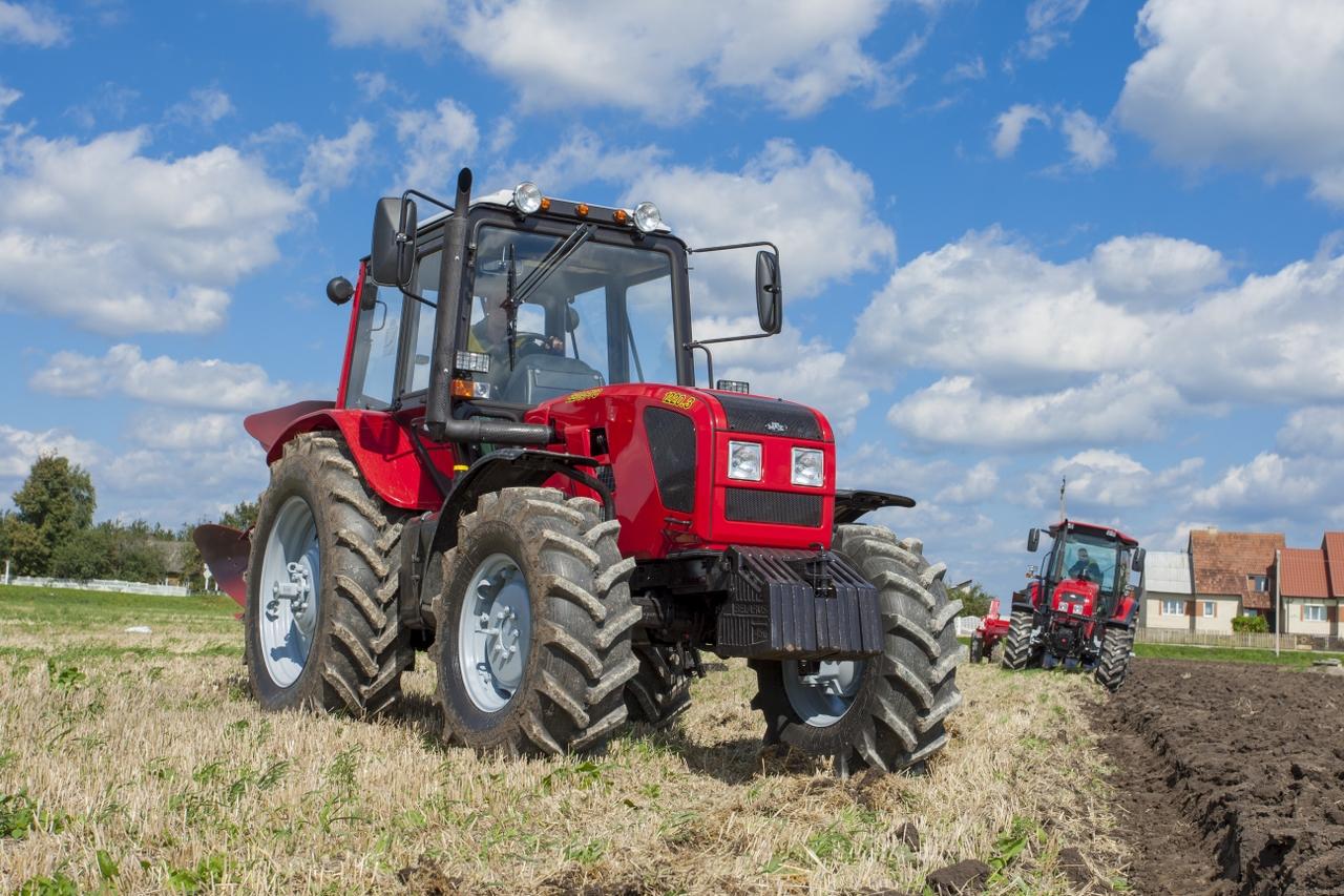 Трактор Белорус 1220