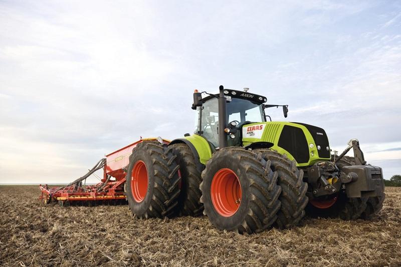 Трактор Клаас аксион 850